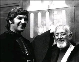 alec guinness and dave prowse on set