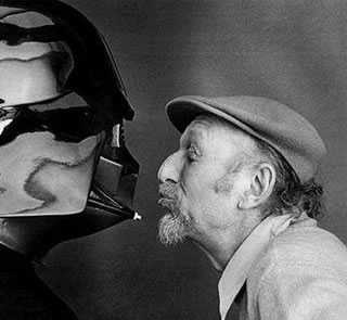 irwin kershner blows a kiss at darth vader